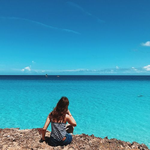 EyeEm Selects Water Sea Sky One Person Blue Beach Outdoors Day Nature Beauty In Nature Horizon Over Water Women First Eyeem Photo
