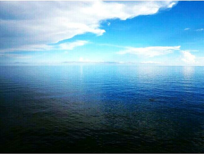 Blueheaven Blue Ocean Meets Sky Tour Tourism In India Tourism Clouds And Sky Clouds Nature Cloudy Day Ocean View Landscape Bay Of Bengal Rameshwaram India