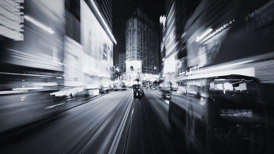 Hennessy Rd, CWB HongKong Discoverhongkong Leica Leicaq Nightphotography Streetphotography Streetphoto_bw Tram Hello World Blackandwhite 香港 夜景