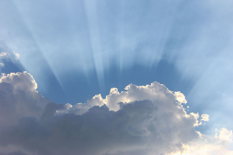 Cloud Nature Beauty In Nature Clouds And Sky Heaven Landscape Sky Skyview Sun And Clouds Sunbeam