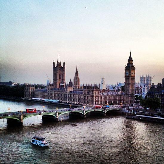 London Bigben Clock Houseofparliament thameslondoneyeviewpanoramaskylinelondonskylinesunsetbeautifulukgblondratripskyurbancitybuildingarchitecturelove