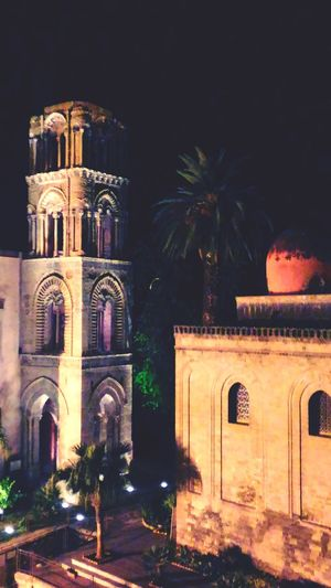 Arab-Norman Palermo, Unesco World Heritage Unesco World Heritage Church Architecture Palermo, Italy Palermo,Sicilia Palermo❤️ Sicilia EyeEm Selects Illuminated Place Of Worship City Religion Arch Architecture Building Exterior Built Structure Historic History Historic Building