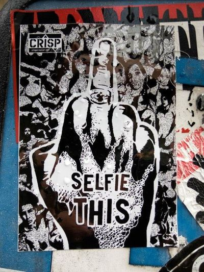Streetart StreetArtEverywhere Londres LONDON❤ Londra London Sticker Stickers Stickerart Stickers And Stickers Selfie ✌