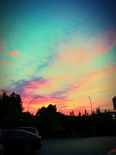 Cielo in fiamme .. Tramonto;sole;cielo NuvoleRosa Nuvole In Movimento Nuvoleblulovers Street Car Serateestive