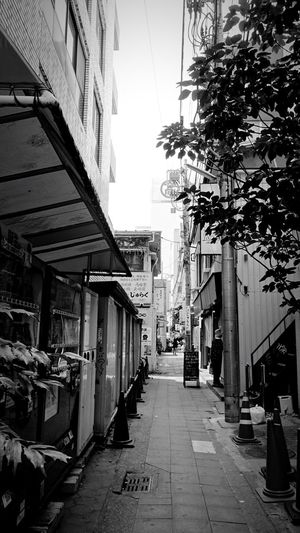 Saitama , Japan Omiya Summer Back Alleys Back Alley Road Warking Around Warking Town On The Road