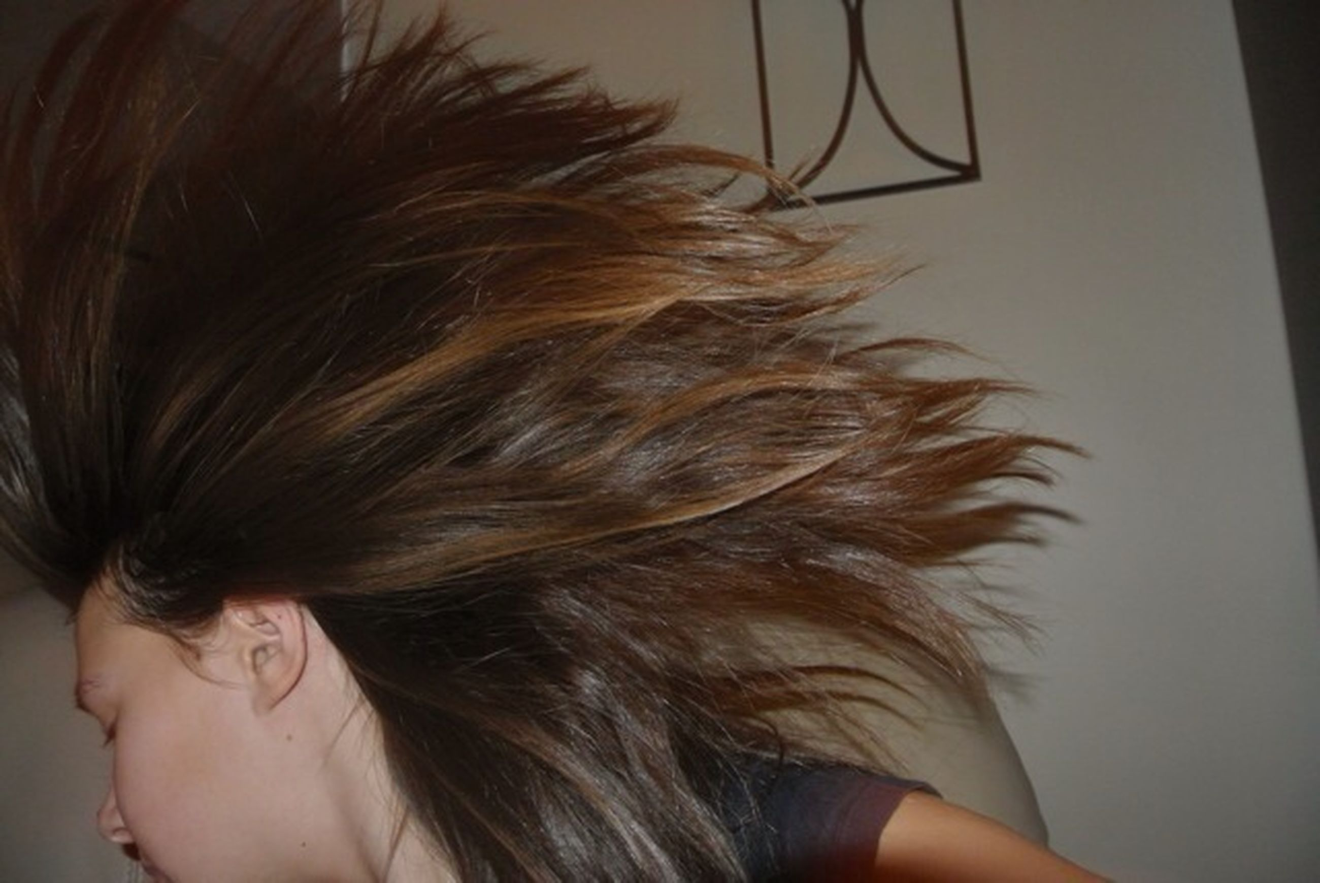 headshot, lifestyles, long hair, young women, person, human hair, leisure activity, indoors, young adult, close-up, brown hair, part of, cropped, head and shoulders