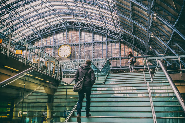 Stories From The City St Pancras Station London Street Photography Train Station Architecture Structure Stairs Climbing Stairs Walking Rushing To Work The Architect - 2018 EyeEm Awards