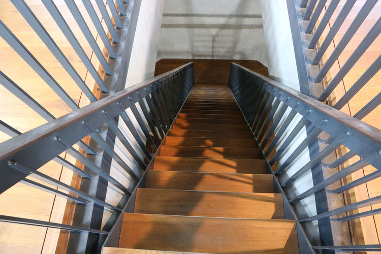 50+ Steep Staircase Pictures HD   Download Authentic Images