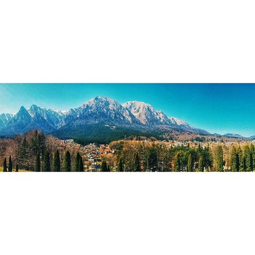 Bucegi mountains seen from Cantacuzino Castle. I can't get enough of this beautiful country of mine 😊 _______________________________________ Ig_bucharest Ig_romania Busteni Piatracraiului Vscophile Igersbucharest Igersromania Visualsoflife Hdroftheday Romaniamagica Romaniapitoreasca Romania Landscape_captures Mountains Sky_captures Hdr_pics Fx_hdr Love_all_sky Nature_seekers Vscogood Vscoromania Skylovers Landscape_lovers We_love_romania Exploreromania naturelover romaniateiubesc sky_perfection loves_united_europe cloudscape