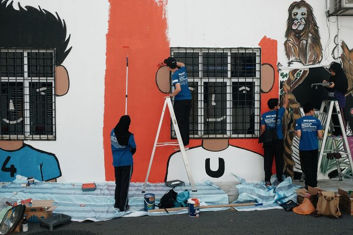 Community Service Streetart Streetphotography Street Outdoors Photooftheday Art Fujifilm Together Paintings Painting In Progress