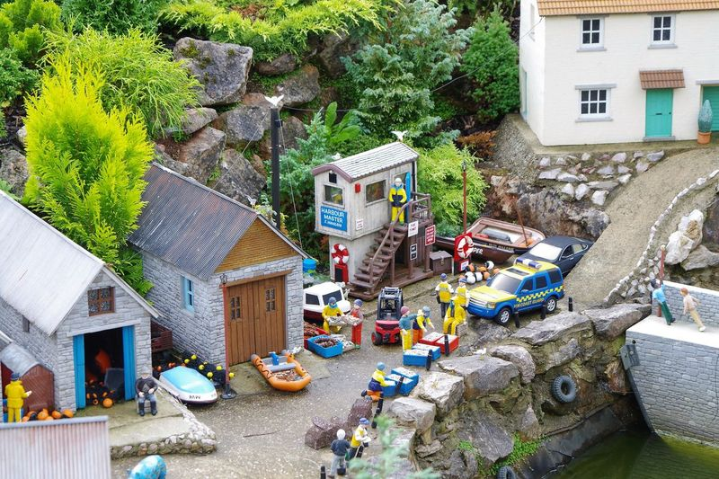 Babbacombe Devon Miniatures Model Village Sculpture