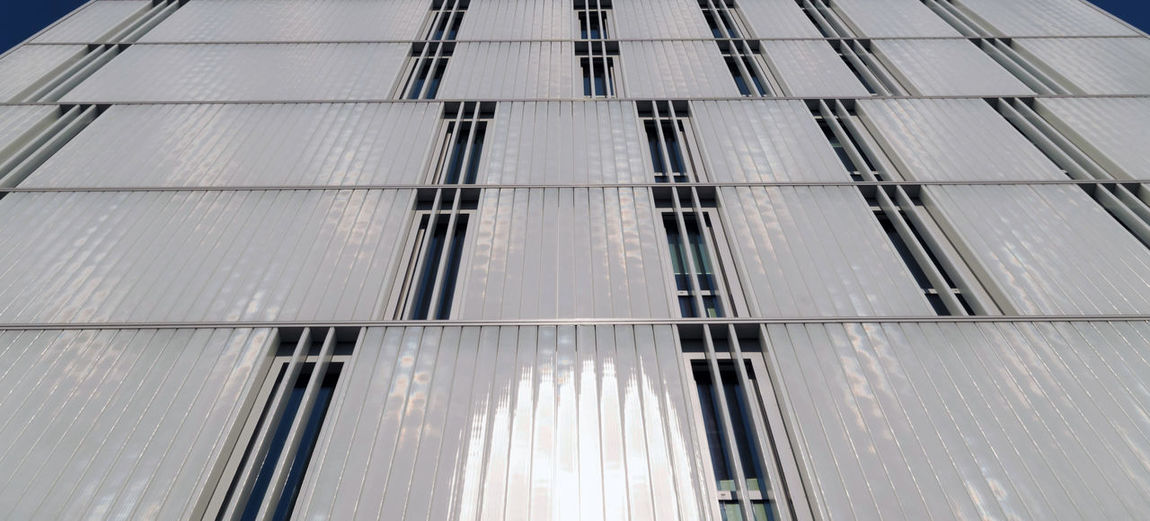 Close-up Office Sunlight Office Building Exterior Full Frame City Glass - Material Reflection Metal Outdoors Day Pattern Window Modern No People Building Building Exterior Built Structure Architecture Low Angle View Nature My Best Photo