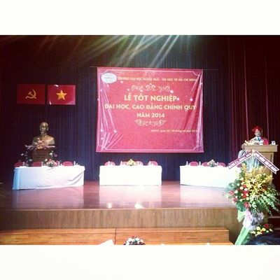 Finally I'm here ! Graduationceremony HUFLIT Thespecialday