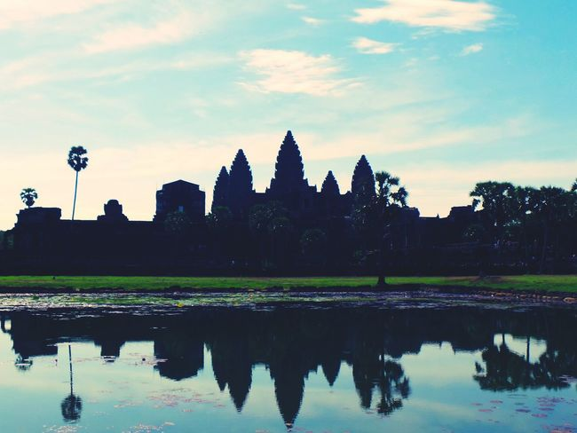 Colour rise. Ankor Wat Dawn Of A New Day Colours Of Nature Shadows Reflections In The Water Mirrored Siemreap Storiesofthepast Wondering And Wandering Historical Place