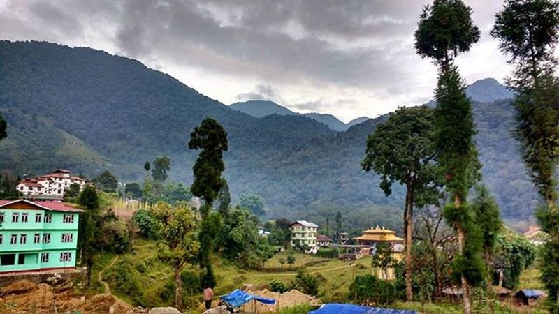 Yuksam Sikkim Nature Nofilter Mountain Landscape View ParaSight India GoechaLA2015 Trekking Travel2015 Traveldiaries Travel TeamCleanUp Nopainnogain Instashot Instamoment Instagram Landscape