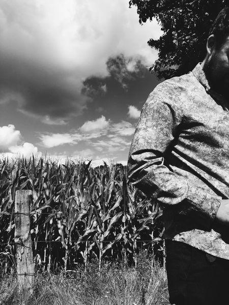 Man Nature Suit Shirt Corn Corn Field Summer Sun Blackandwhite Tree Outside Outdoors BYOPaper!