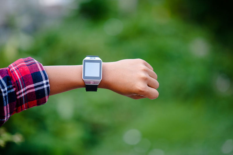 Body Part Close-up Communication Day Finger Focus On Foreground Hand Human Body Part Human Finger Human Hand Lifestyles One Person Outdoors Real People Technology Time Watch Wireless Technology Wrist Wristwatch