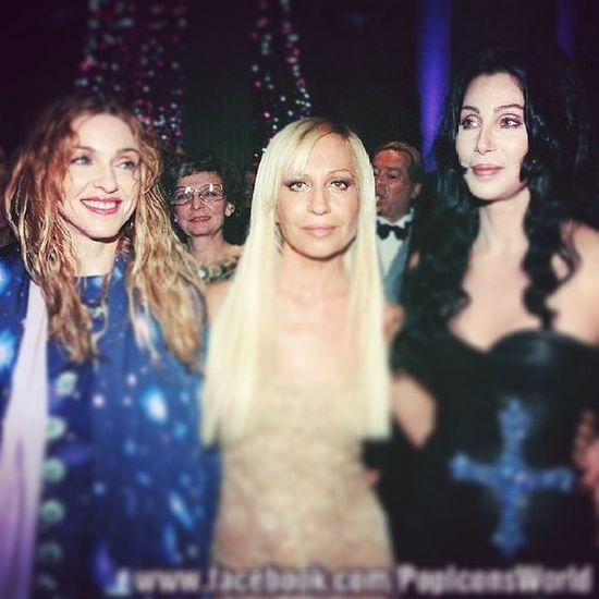 This is epic!!!! Madonna DONATELLA Cher  ... Queenofpop GoddessOfPop Versace ♥