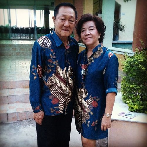 you're never too old to wear matching outfits Batik Dad Mom Couple birthday party