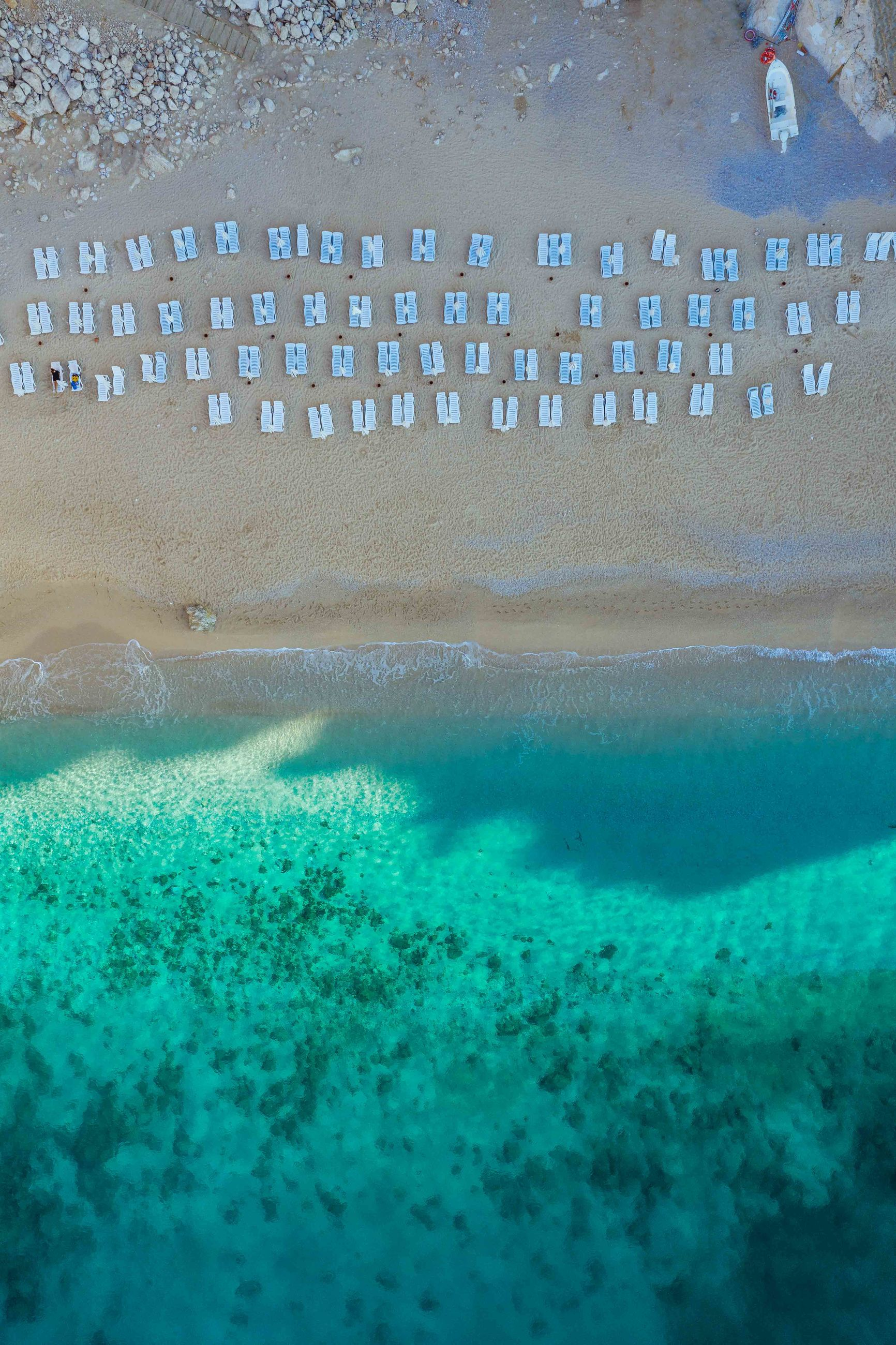 water, sea, nature, no people, turquoise colored, transparent, land, outdoors, underwater, day, blue, close-up, beach, beauty in nature, high angle view, pool, swimming, sand, animal wildlife, swimming pool