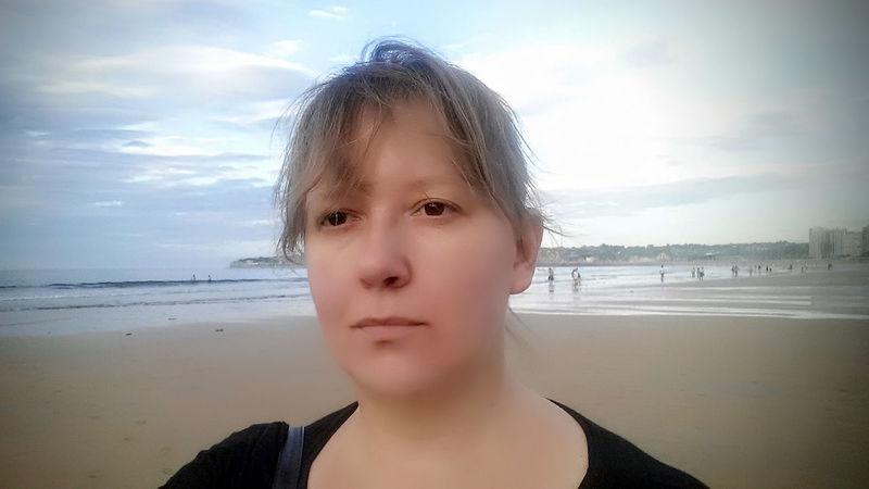 Selfieportrait Sea Sky Young Women Asturiasparaisonatural Beach🐚 Enjoying Life Spain_beautiful_landscapes Gijon_gallery Asturias_ig Spain_gallery Beauty In Nature Playadesanlorenzo Women Beauty!