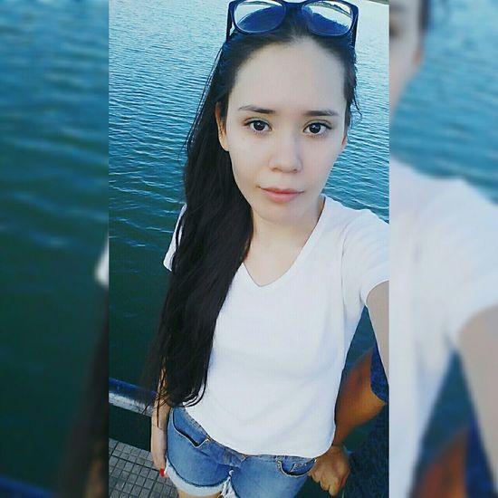 Garotas @biamedeirosz Cute Girl Cute♡ Me Garota Lago Water Relaxar