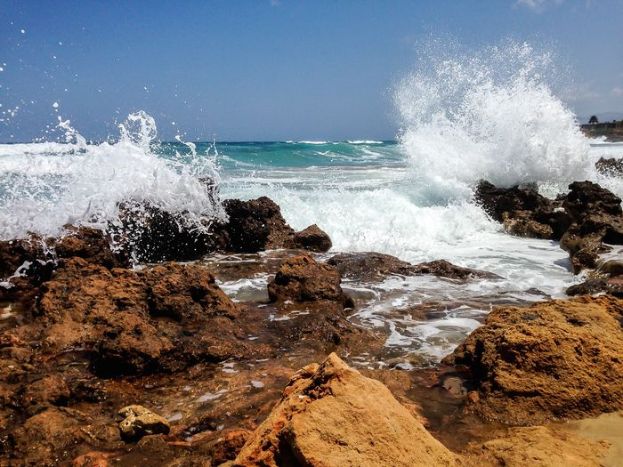 Water Sea Motion Power In Nature Power Wave Rock Beauty In Nature Splashing Rock - Object Crash Force Nature Rock Formation Solid Sky Hitting Breaking No People Horizon Over Water Outdoors