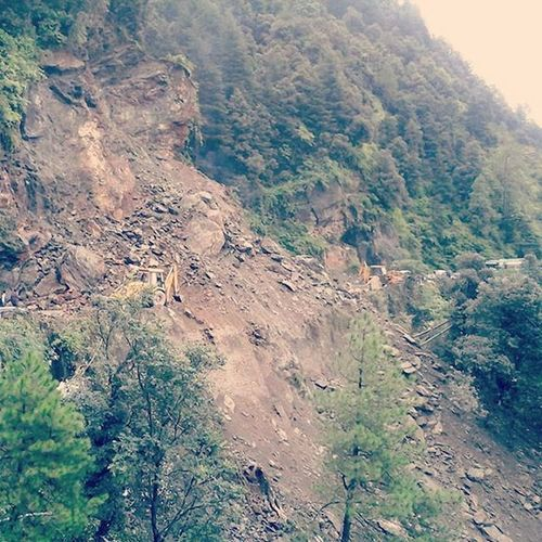 Shimla Chandigarh highway closed due to land slide near Shoghi...the only option is Shoghi mehli bypass. Shimla Shoghi Highway Landslide Instahimachal Himachalpictures Travelshimla Queenofhillsshimla Kinnaurdiaries