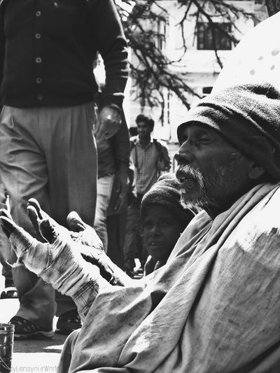 Alot of despair freezed in a picture. Photography Photographer Photographing Streetphotography #Mcleodganj #travel #mypixeldiary #travelphotography Love Potrait_photography Potrait Beard Travel Photography Fade EyeEm Selects Photography Themes Poor  People People Photography Beginnerphotographer Street Pcclicks Men Togetherness Close-up