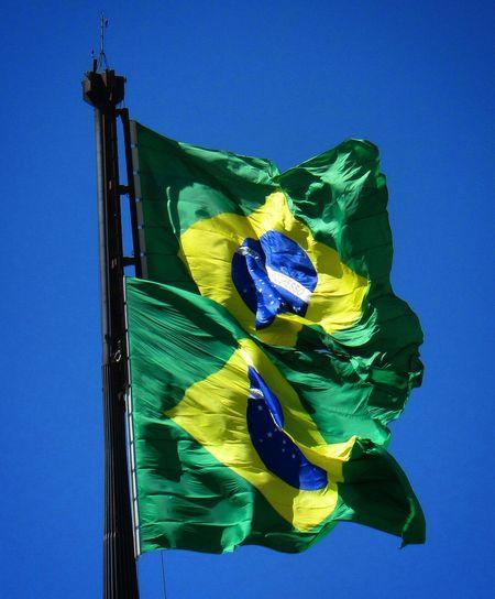Blue Green Sky Bluesky Brasília - Brazil Photo Photography Image Picture Outdoors Bandeira Do Brasil Bandeirabrasileira Bandeira