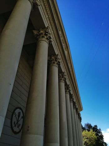 EyeEmNewHere Architecture Building Exterior Architectural Column Built Structure Outdoors Low Angle View Clear Sky No People Sky Day Enjoying The View EyeEm Best Shots EyeEm Best Edits History Travel Destinations Phone Photography Amateurphotography PhonePhotography Popular Photos Eye4photography  City God Religion Religious Architecture
