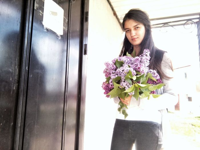 Window Flower Only Women Adult One Woman Only Adults Only Business Business Finance And Industry One Person People Businesswoman Women Indoors  Females Day Lifestyles City Young Adult Portrait Working