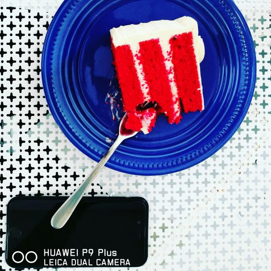 Combinations of Redvelvet cake with Blueplate