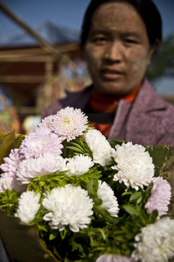 Check This Out Love Beauty In Nature Blur Bouquet Burma Close-up Day Florist Flower Flower Head Focus On Foreground Fragility Freshness Myanmar Nature One Person Outdoors People Real People