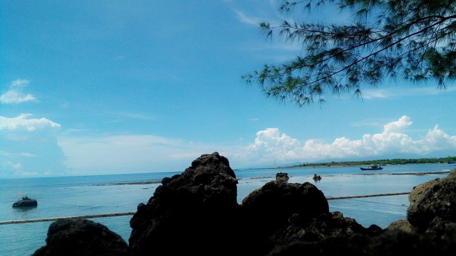 Beautiful Sky Beautyful Beaches Beautyful World Indonesia Beach Great Sunshine Beautiful Day PhonePhotography Swimming Wow *-*