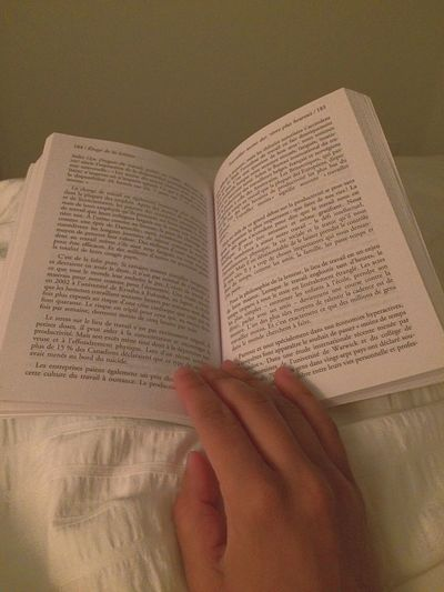 Reading & Relaxing in Bed Favoritethings PreciousMoments POV Coffee Table Books Reading French Feeling Sleepy 😌😴💤