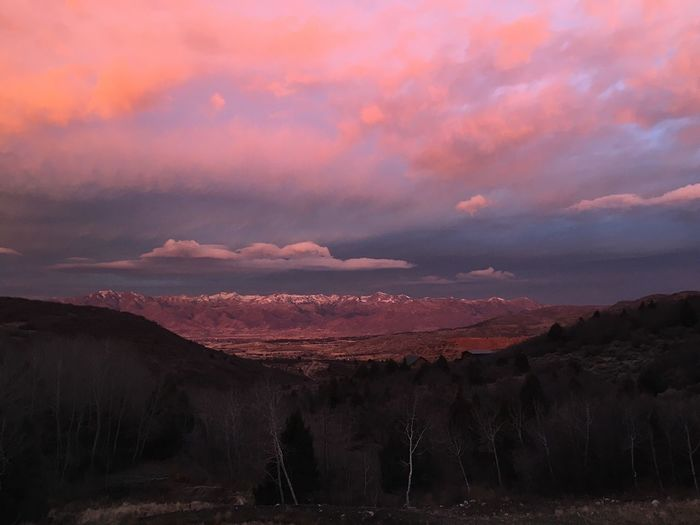 probably the coolest sunrise i've ever seen. watched it for 20 minutes this morning before heading out. Heber City Wasatch County Utah
