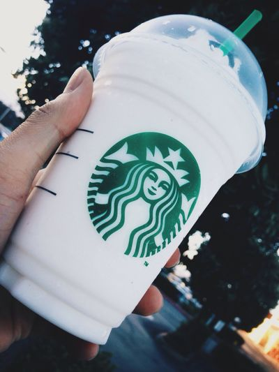 Siempre a Punto (Always on Point) [Churro Frappuccino, Starbucks Coffee] Coffee Starbucks Drinking Drinks