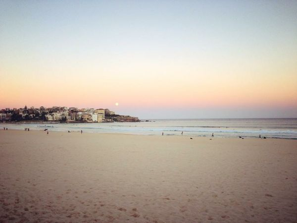 in Bondi Nothbondi Beautiful Life Is A Beach Beachphotography Sea Setting Sun Beach Australia Sydney