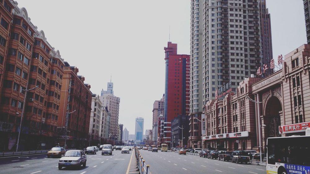 Harbin China Architecture Street Urban Seemycity Car Traffic Red 中国 哈尔滨 街道 建筑物 城市 交通 车 红 중국 할빈 길거리 건축물 도시 교통 빨간