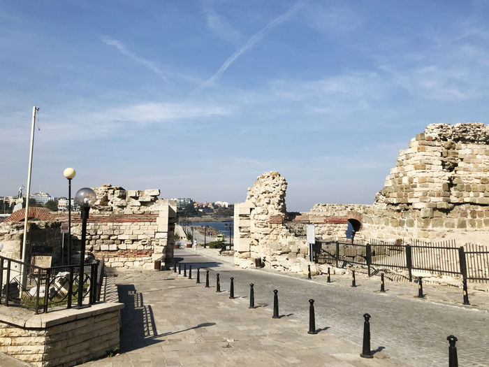 Nesebar, Bulgaria - October 06, 2017: Western Fortress Wall in the UNESCO world heritage town. Bulgarian Nature Bulgaria❤️ Burgas, Bulgaria Bułgaria Europe Trip European  European Architecture European Union Nesebar Nesebar Bulgaria Architecture Building Exterior Built Structure Bulgaria Bulgarian Burgas  Day Editorial  Europe Nesebar Old Town Nesebur Nessebar Nessebar Bulgaria Outdoors
