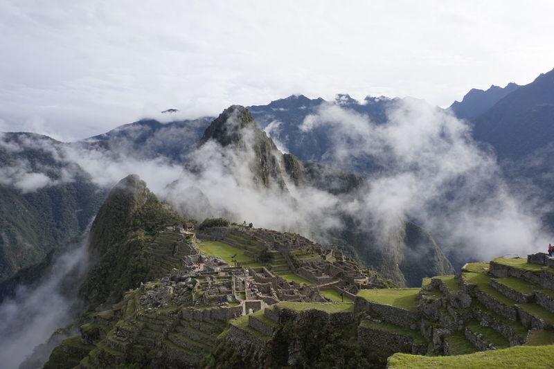 Scenic view of machu picchu against sky