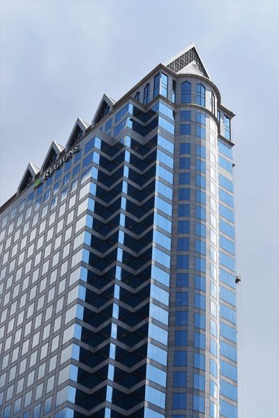 I'll pass on that job ..... Glass Squares And Lines Shades Of Blue Architecture Building Low Angle View Pattern