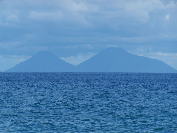 isole eolie Gioiosamarea Isoleeolie Sangiorgiodigioiosamarea Water Mountain Sea Blue Pastel Colored Sky Landscape Cloud - Sky