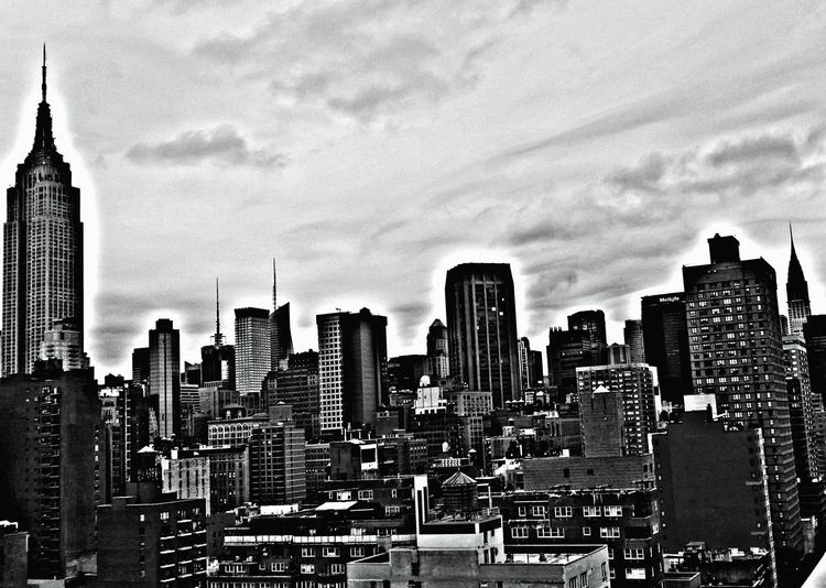 Mobilephotography Empire State Building Nyskyline Building Exterior Architecture Skyscraper Cityscape City Tower Built Structure Modern Tall - High Travel Destinations Skyline No People Downtown District Development Urban Skyline Corporate Business