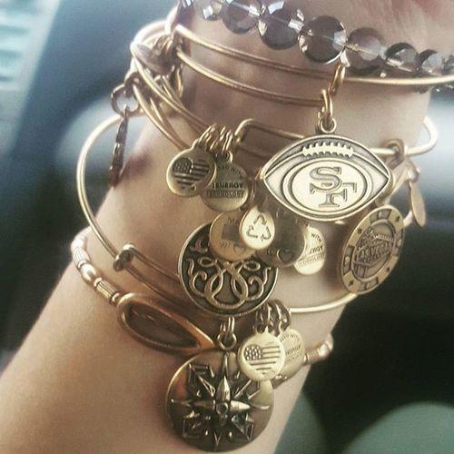 A lil obsessed Alexandani Collection Needmorenow Newbracelets Bangles 49ers Clover Lasvegas Pathoflife Ohm Madeinusa MADEINTHEUSA  Gold Jewelry Copper  Energy Love