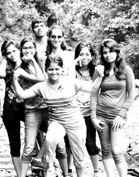 THESE Are My Friends 12daysofeyeem ; The best things about friends is, they never ever judge :)