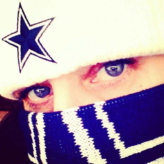 Dallas Cowboys Kinda Girl🏈 Today's Hot Look Selfie Addict 📷 True German Girl