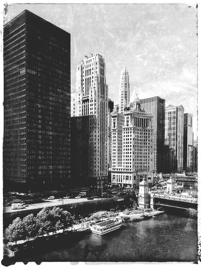 Chicago... Chicago Downtown Chicago Architecture Chicago River Wrigley Building Snapseed Texture Urban Illinois Monochrome Bw Black And White Skyline Cityscape City Skyline Highrises