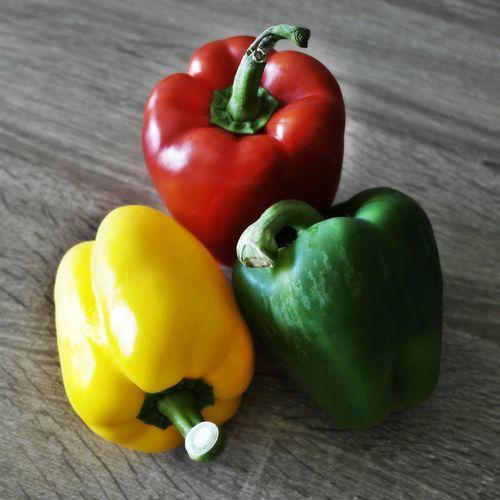 Red Yellow Green Paprika Paprica Vegan Vegetables Vegetarian Food Vegan Food Vegetarian